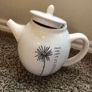 Rae Dunn stem line teapot with lid